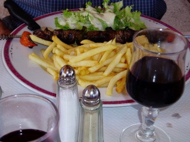 I studied the menu more carefully the next time out. Beef en brochette with fries went down well.