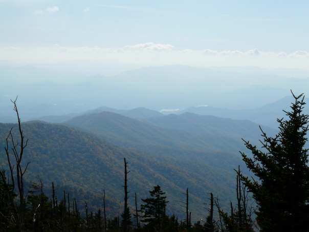 The Smoky Mountains doing their thing. Looking smoky!