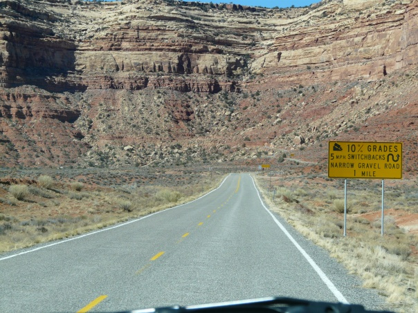 Disappearing road, Monument Valley