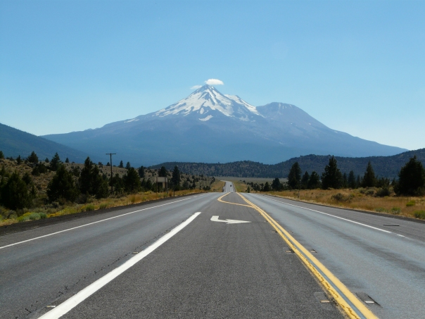 There's Mt. Shasta! We must be on the right road.