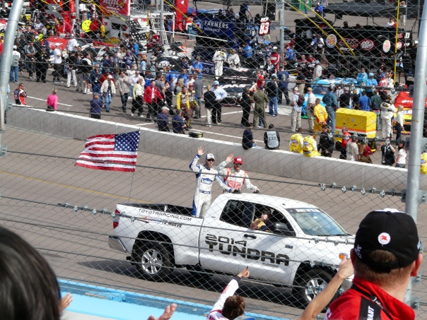 Jimmie and Dale have spotted me in the crowd and are waving at me!