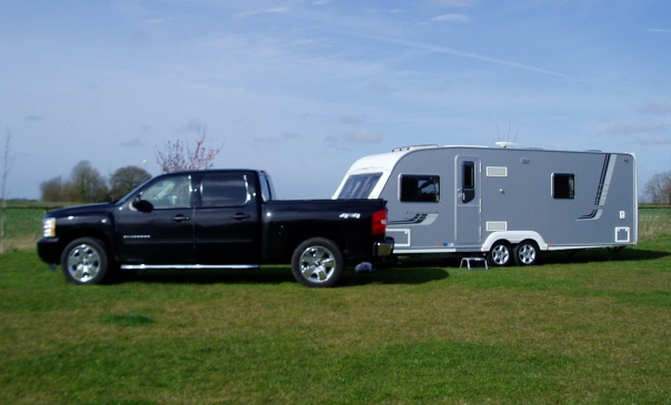 Chevy Silverado and Swift Conqueror caravan